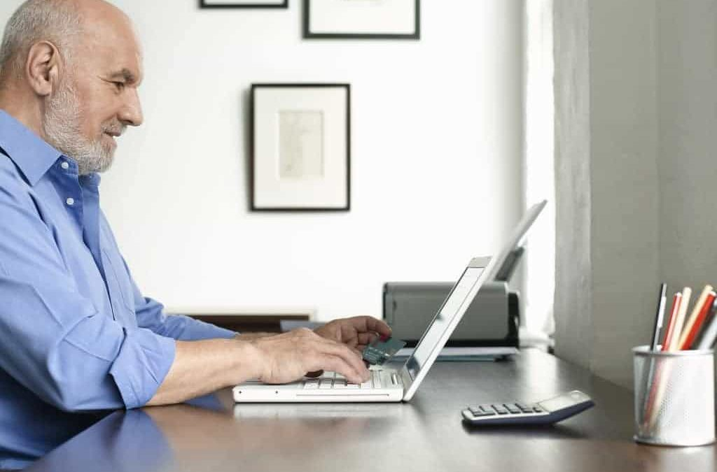 What Seniors Need to Know About Working on a Computer from Home